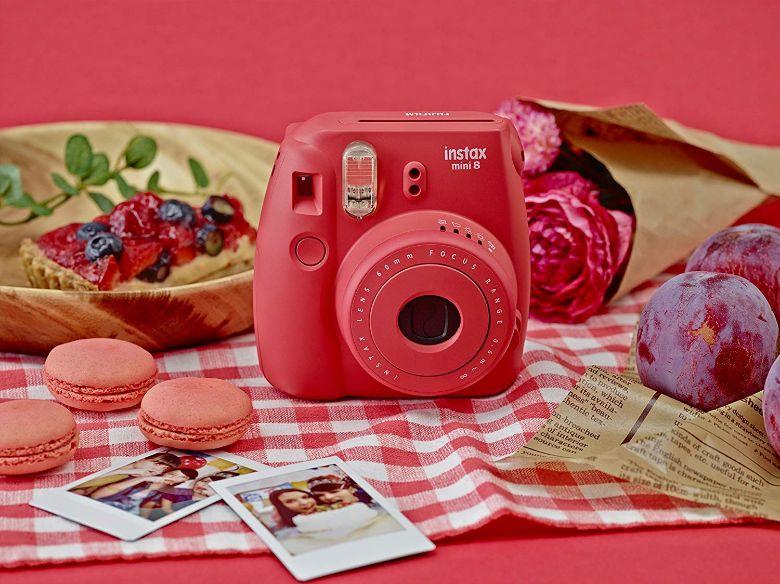 Fujifilm Instax Mini 8 Camera Raspberry